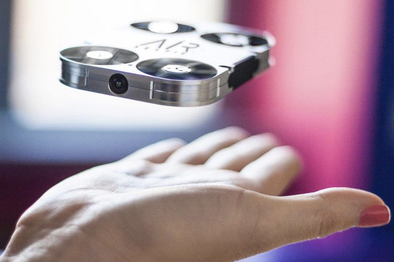 Video: Air Selfie Will Solve All Your Selfie Problems 1