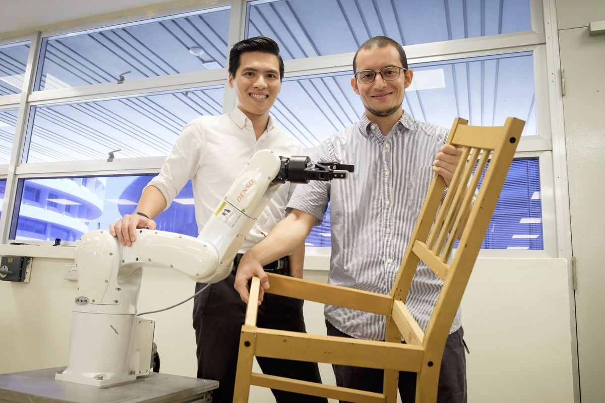 These robots assemble a chair like it is nothing 1