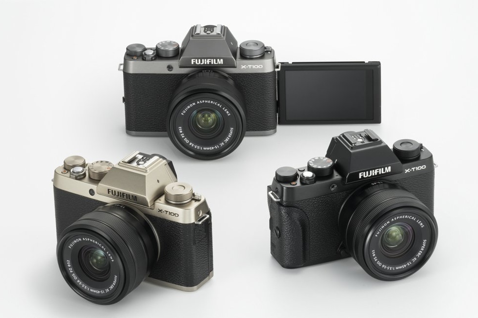 The latest Fujifilm is here, and it is mirrorless 1