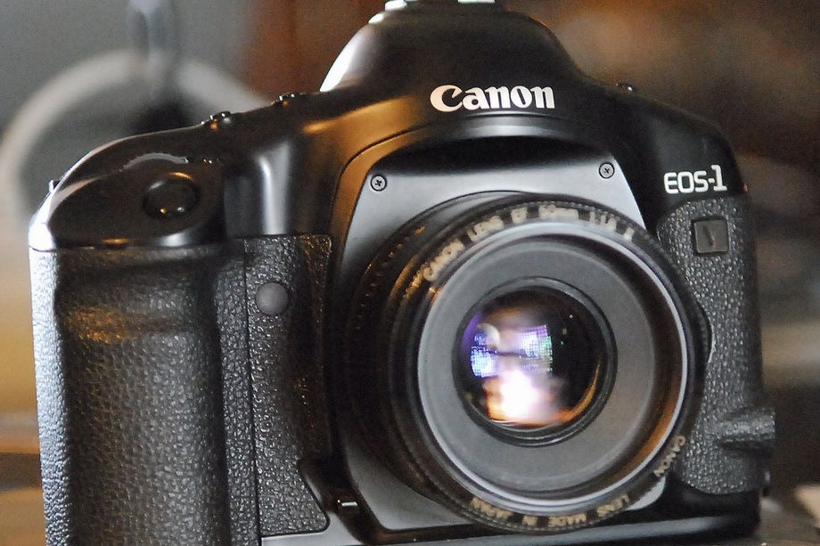 This Is The Last Film Camera That Canon Will Make 1