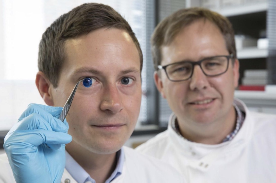 This Is The First 3d Printed Human Cornea 1