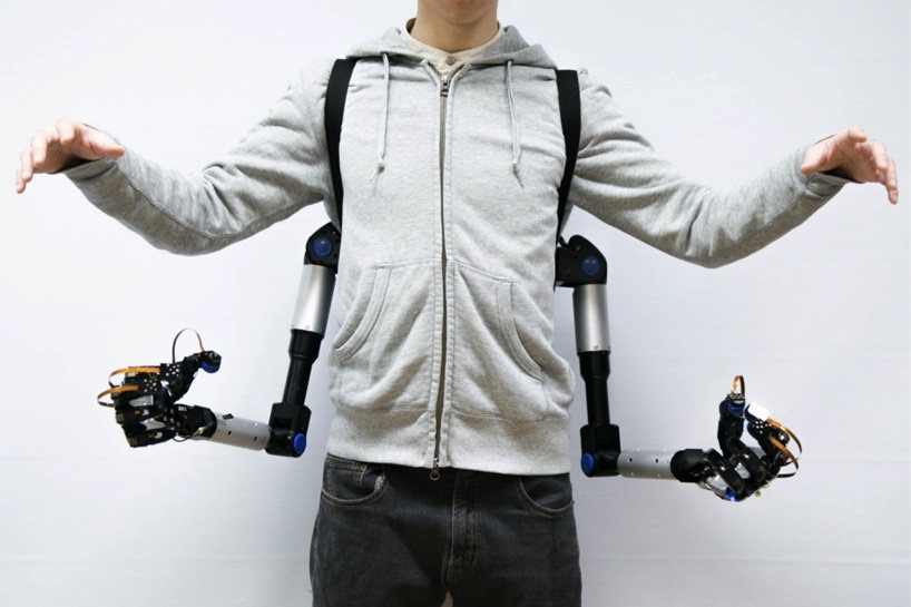 This is the power of having extra robotic arms 1