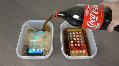 Video: This Guy Freezes An Iphone 6s Plus And A Samsung Galaxy S7 Edge In Coke