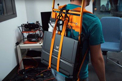 Video: Affordable Diy Virtual Reality Backpack!