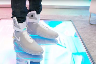 Video: These Self-lacing Nike Mag Shoes Are Just Too Cool!