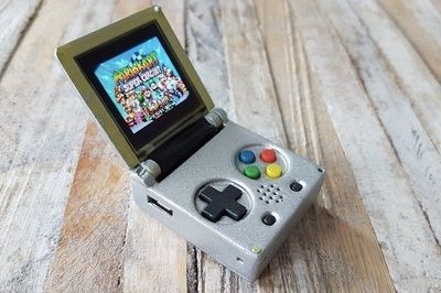 Video: Keychain-sized Game Boy Is Our 90's Dream Becoming A Reality!