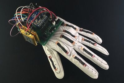 Video: The Smart Glove That Turns Sign Language Into Text!