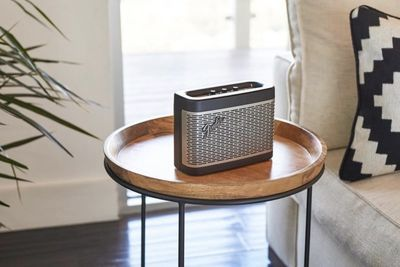 Video: Fender's Speakers Add Bluetooth To The Classic Amp Design!
