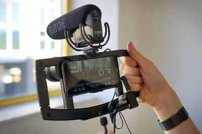 The Iographer Smartphone Video Mount Is Everything You Want!