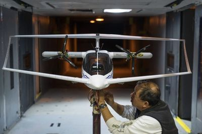 Video: Closed Wing Aircraft Gets A Downsize For The Uav Market!