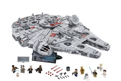 Video: Star Wars Lego Is The Largest Lego Set Ever!