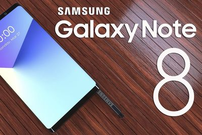 Video: Watch Someone Bend And Fold A New Samsung Note 8!