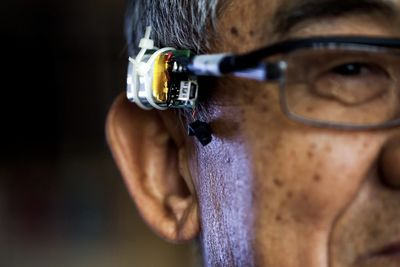 These Eyeglasses Feel Your Voice Through Your Skin