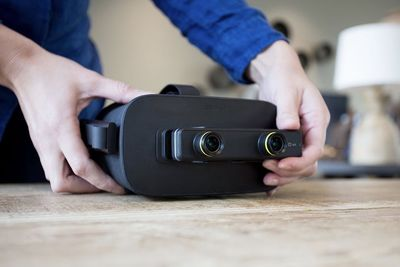 Video: Mini Camera Brings An Ar Twist To Vr Headsets