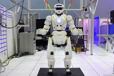 Video: Valkyrie – Nasa's Super-humanoid Space Robot