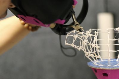 Video: This Robotic Arm Physically Designs In Augmented Reality