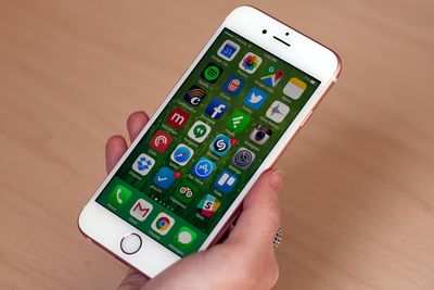 Can New iPhones Help Apple To Be The Cool Kid Again?