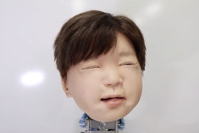This Robot Head Mimics Human Expressions And It's Creepy