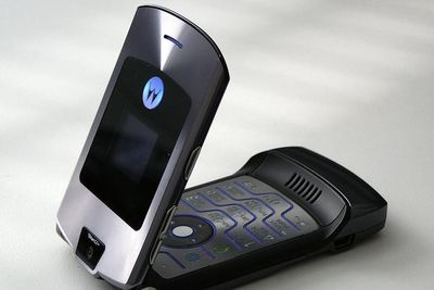 Motorola RAZR Will Make A Comeback As A $1500 Folding Smartphone