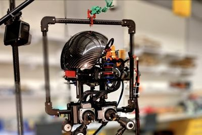 Leonardo Is A Walking, Jumping And Flying Robot
