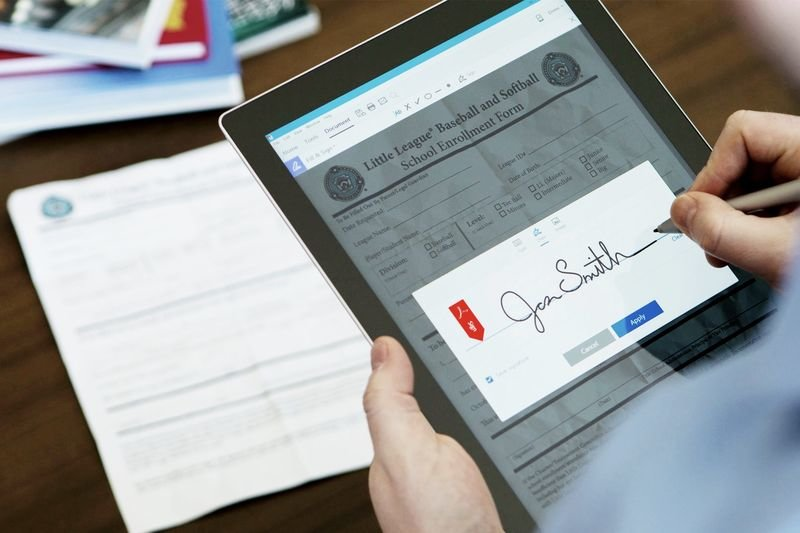 Adobe Document Cloud Turns Pdfs Into Editable Text And Lets
