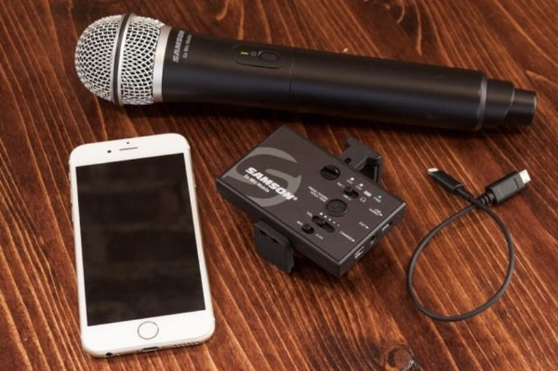 Video: This Wireless Mic Is The Best Gadget For Videographers! 1