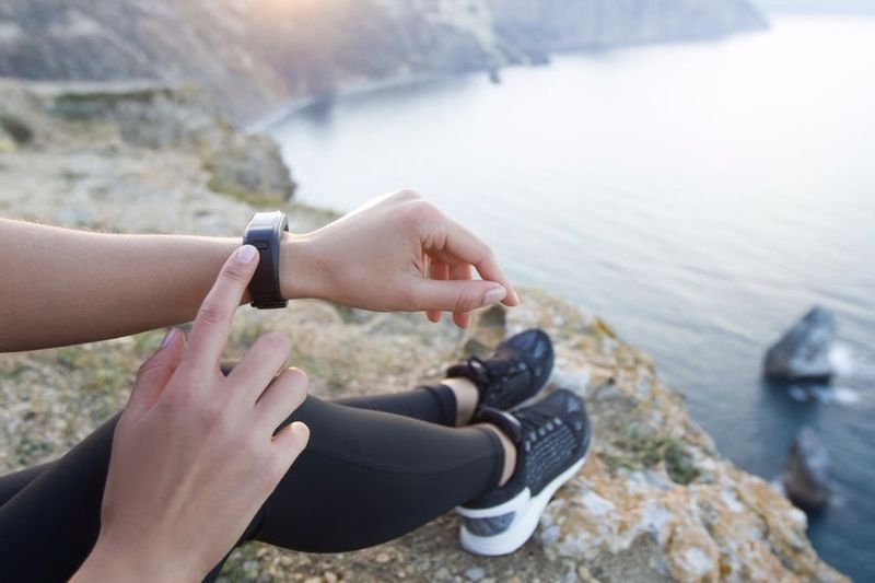 Top 6: Best Fitness Trackers Of 2017 1