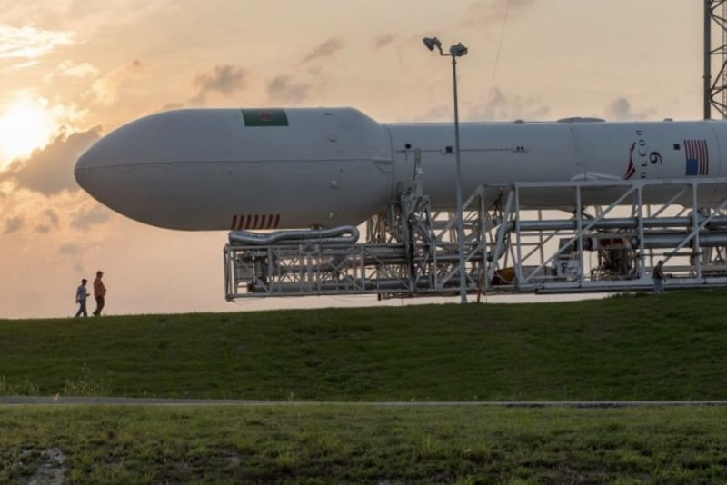 Video: Space X Launched Bus-sized Satellite Into Orbit 1