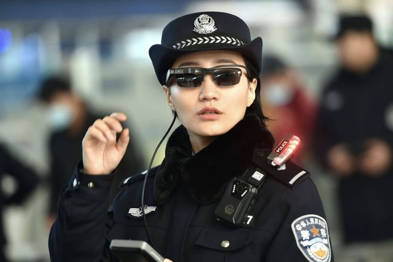 Chinese Police Will Expand The Facial Recognition Sunglasses 1