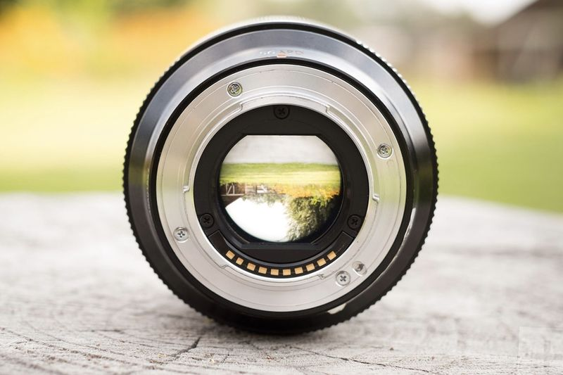 Fujifilm Debuts A New Autofocus Lens 1