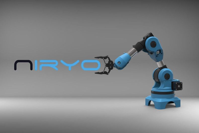 Here Is A Robotic Arm For Makers, Developers And Students 1