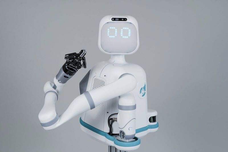 Moxi Is A Friendly AI Healthcare Robot 1