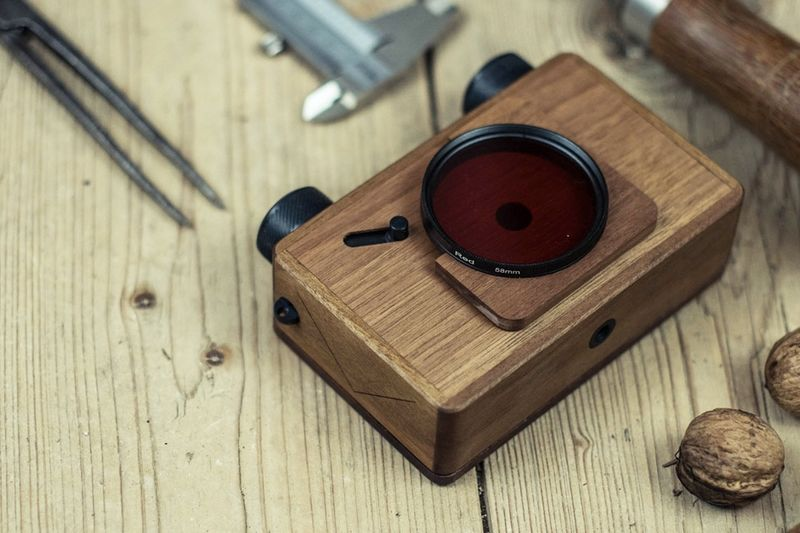 Have You Seen This Wooden Pinhole Camera? 1