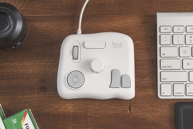 Have You Seen This Creative Controller For Photoshop? 1