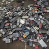 The-Metal-in-a-Smartphone-is-a-Waste-to-the-Environment